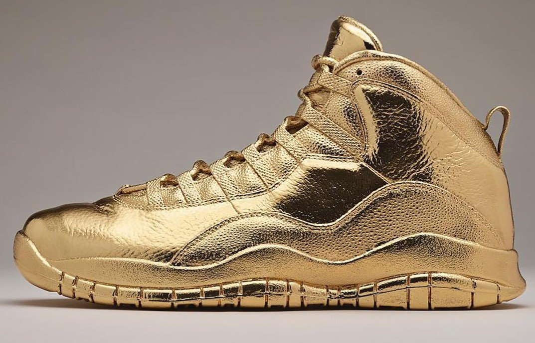 gold-shoes-2.jpg