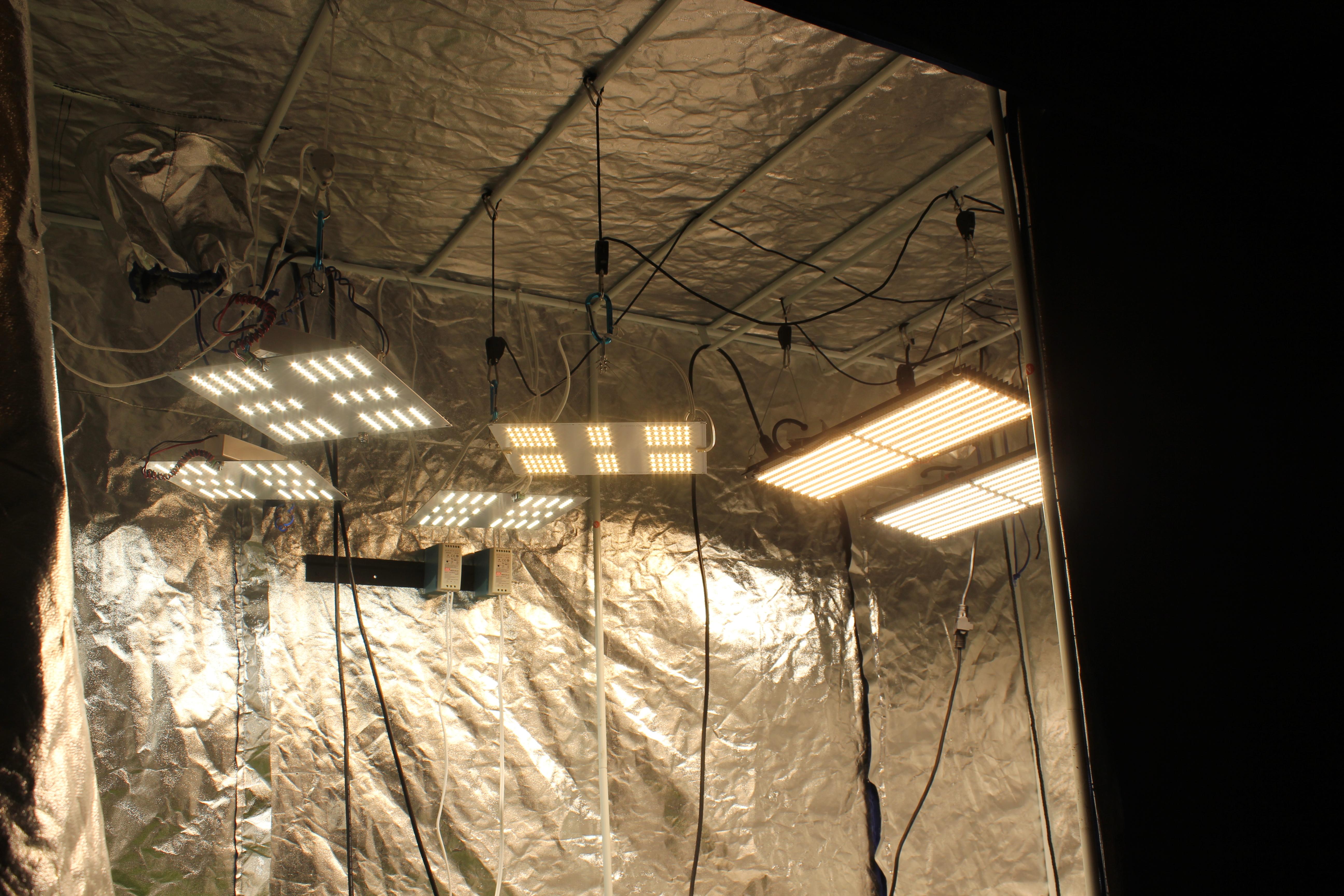 Horticulture Lighting Group 260 Watt XL Quantum Board LED Kit